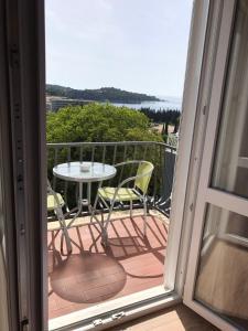 Balkonas arba terasa apgyvendinimo įstaigoje Guest House Villa Bellevue