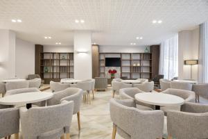 The lounge or bar area at Hotel Best Da Vinci Royal