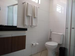 A bathroom at Akropolis Home