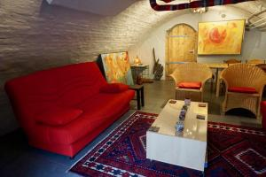 A seating area at Apartment Oudegracht 360
