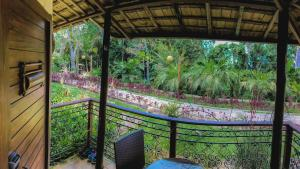 A balcony or terrace at Hotel Vale das Nuvens