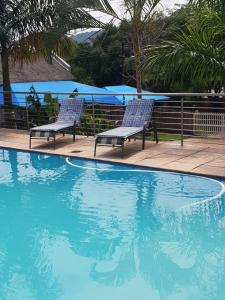 The swimming pool at or near Country Link Guest Lodge