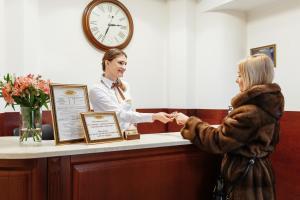 Lobby/Rezeption in der Unterkunft Royal Street Hotel