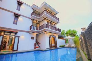 Piscine de l'établissement Cam Thanh Village Villas ou située à proximité
