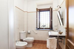 A bathroom at Agriturismo Valle Galfina