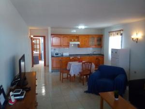 A kitchen or kitchenette at Casa Pilar 1 bed