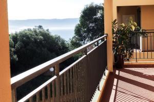 A balcony or terrace at Creste E Mare