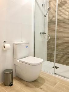 A bathroom at Pensión Maruja *