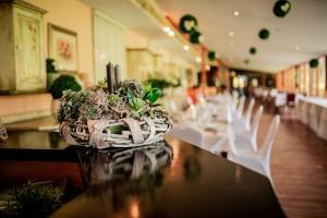 Restauracja lub miejsce do jedzenia w obiekcie Resort Plaza Spa