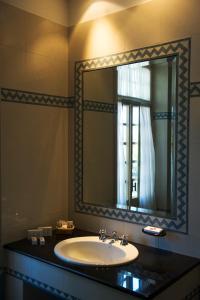 A bathroom at Grande Albergo Miramare