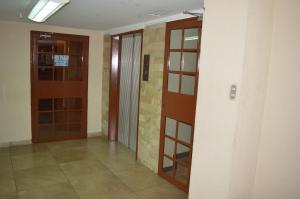 A bathroom at Hotel Tiburon
