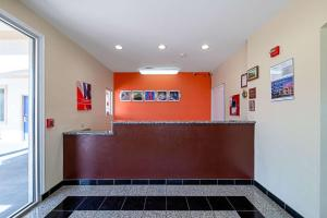 The lobby or reception area at Motel 6-Rhome, TX