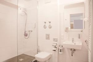 A bathroom at Hotel Nikolai Residence