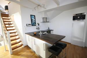 A kitchen or kitchenette at Penthouse with perfect location and spectacular view