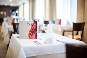 En restaurang eller annat matställe på Grupotel Nilo & Spa