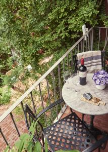 A balcony or terrace at BE Jardin Escondido By Coppola