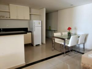 A kitchen or kitchenette at Don Limpone Hotel