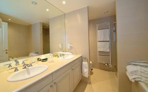 A bathroom at Château de Bonmont
