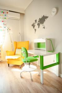 A seating area at Aegean Family Apartment