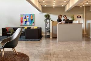 Lobbyen eller receptionen på Comwell Køge Strand