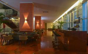 O lounge ou bar de Hotel Luzeiros São Luis