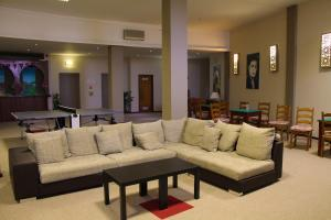 The lobby or reception area at Hotel Belavista Da Luz