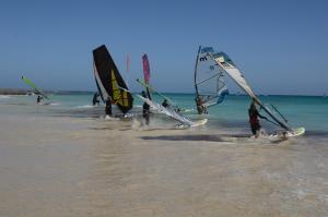 Windsurfen bij het hotel of in de buurt