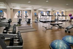 The fitness center and/or fitness facilities at JW Marriott San Francisco Union Square