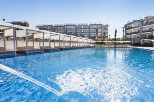The swimming pool at or near Zafiro Palace Alcudia