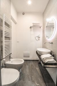 A bathroom at Le stanze di Virgilio