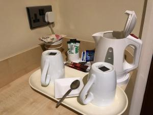 Coffee and tea making facilities at Grove End