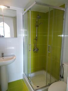 Ένα μπάνιο στο Nikolas Apartments