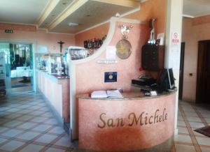 The lobby or reception area at Ristorante Albergo San Michele