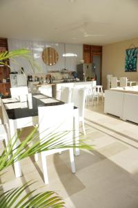 A restaurant or other place to eat at Villa Atas Pelangi