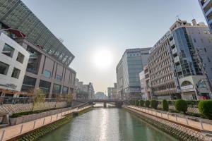 The swimming pool at or near Hotel Okura Fukuoka