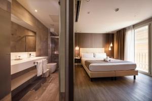 A bathroom at Hotel Oasis