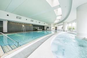 The swimming pool at or near Cerulean Tower Tokyu Hotel, A Pan Pacific Partner Hotel