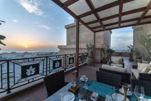 منظر شروق وغروب الشمس من الفندق أو بالجوار