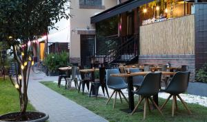 A restaurant or other place to eat at Hotel Mika Downtown