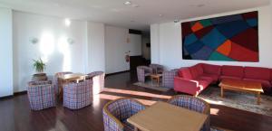 Een zitgedeelte bij Hotel Luar
