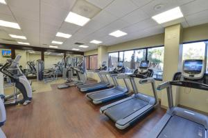The fitness center and/or fitness facilities at Hilton Orlando/Altamonte Springs