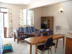 Uma área de estar em HUAHINE - Fare Tiareiti