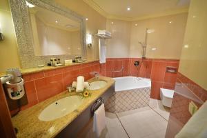 Ванная комната в Grandhotel Zvon