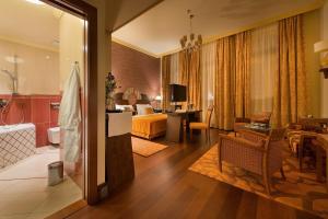 Гостиная зона в Grandhotel Zvon