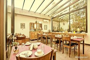 Un restaurante o sitio para comer en Posada Boutique Las Terrazas