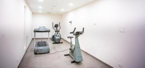 Het fitnesscentrum en/of fitnessfaciliteiten van Hotel Aazaert by WP Hotels