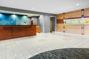 The lobby or reception area at SpringHill Suites by Marriott Wheeling Triadelphia Area