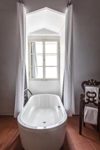 A bathroom at Design Hotel Neruda
