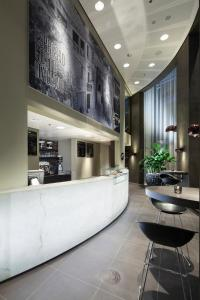 The lobby or reception area at Fletcher Hotel Amsterdam