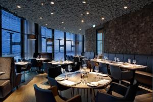 A restaurant or other place to eat at Fletcher Hotel Amsterdam